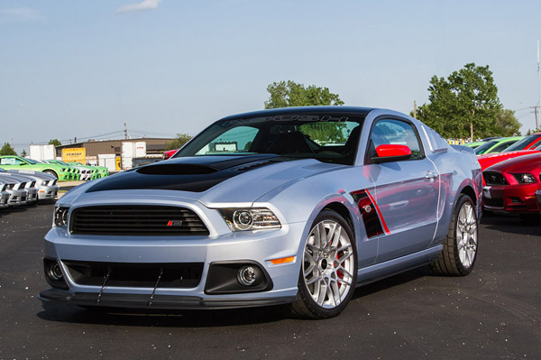 Ford Mustang Roush Stage 3 продан за 100 000 $